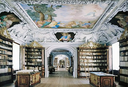 Photograph of the book collection of the Benediktinerstift Kremsmünster