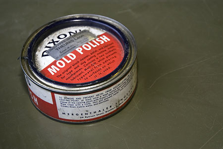 Dixon's mold polish for typesetting machines