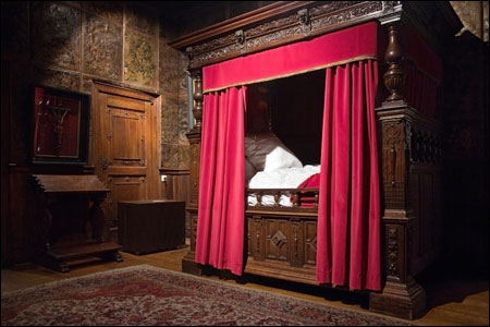 Renaissance bedroom