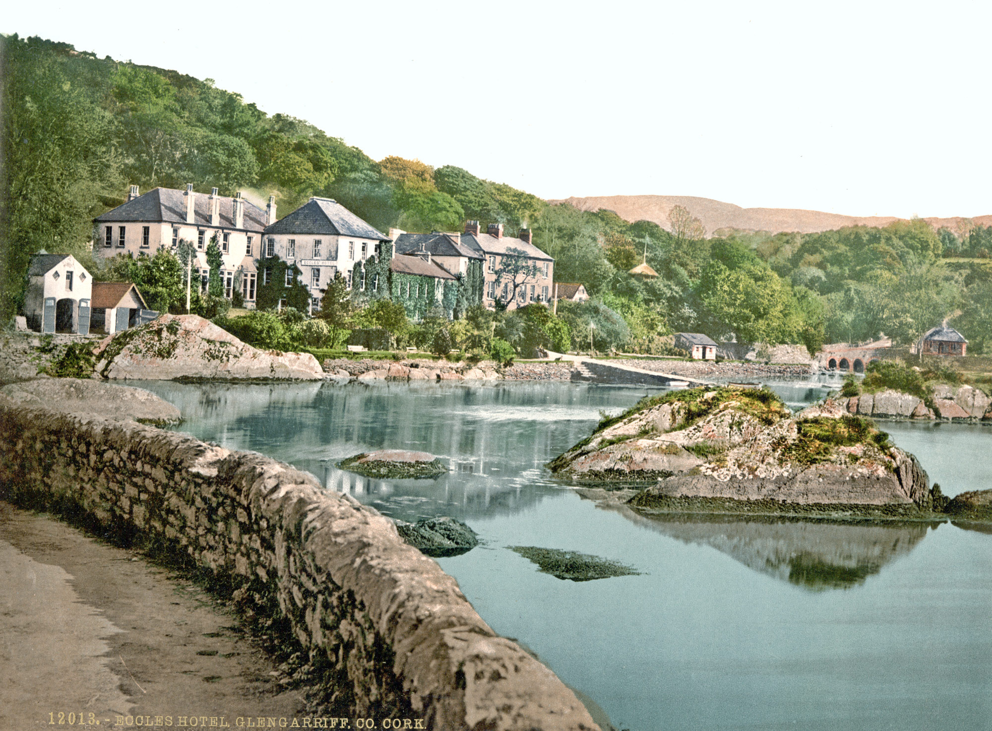 postcard of the Eccles Hotel in Glengariff