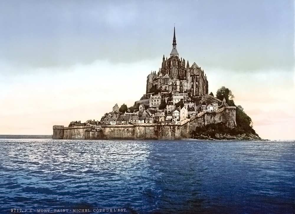 historic postcard of Mont Saint-Michel