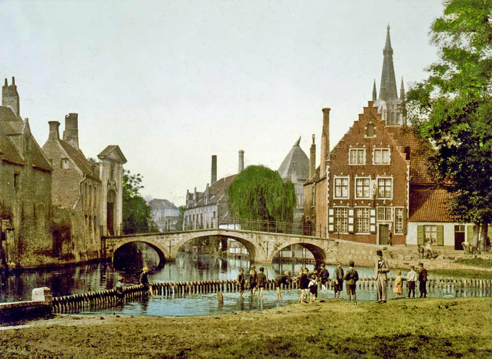 Old postcard of the convent in Brugge