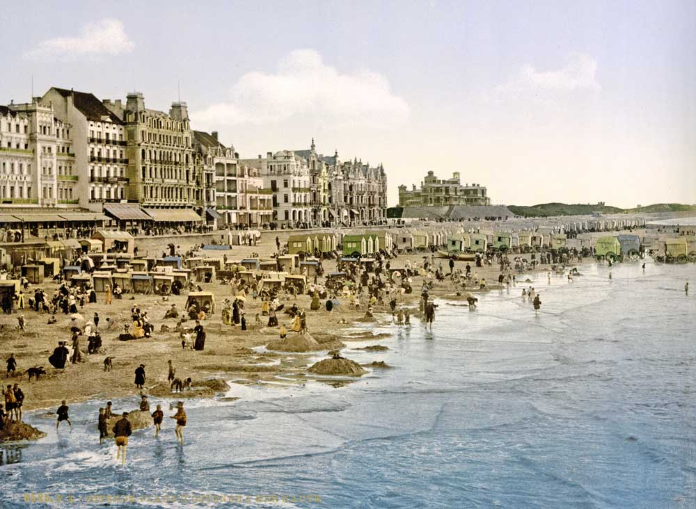 Old postcard of Ostend beach