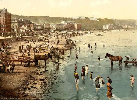 Historic photograph of the beach of Douglas on the Isle of Man