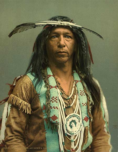 Historic photo of an indian of the Ojibwa tribe