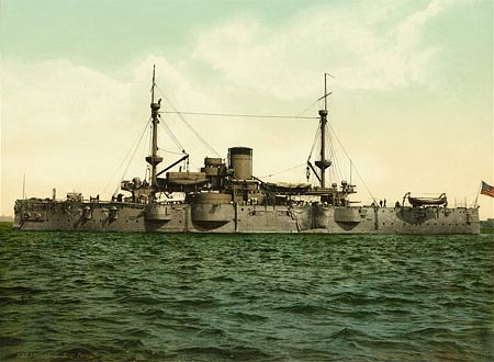 Historicl photo of the American ironclad battleship 'Texas'